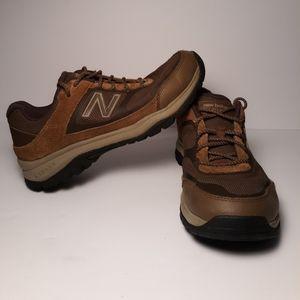 Women's Size 9 New Balance WW669BR Walking Shoes